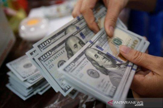 Dolar AS tergelincir, lonjakan imbal hasil obligasi mulai goyah