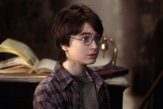 """Harry Potter and the Sorcerer's Stone"" capai 1 miliar dolar"