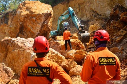 Pencarian korban tebing longsor di Grobogan