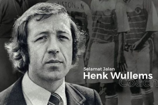 Pelatih legendaris timnas Indonesia Henk Wullems tutup usia
