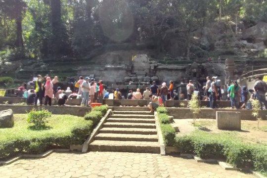 Candi Jolotundo jadi jujugan wisatawan saat 1 Muharam