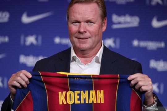 Ronald Koeman senang saat tahu Messi pilih bertahan di Barcelona