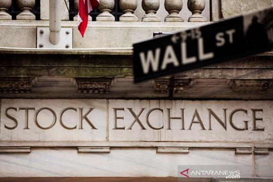 Wall Street jatuh dipicu prospek pemulihan buruk, Dow anjlok 942 poin