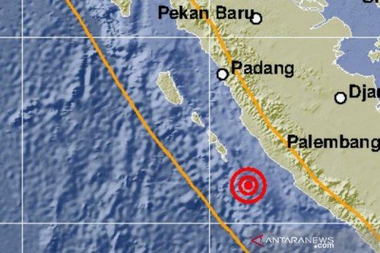 Gempa dengan magnitudo 5,7 di Bengkulu akibat aktivitas subduksi