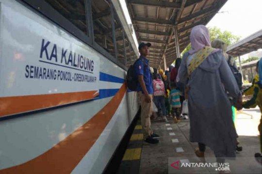KAI Daop 3 Cirebon operasikan 74 kereta pada libur panjang pekan ini