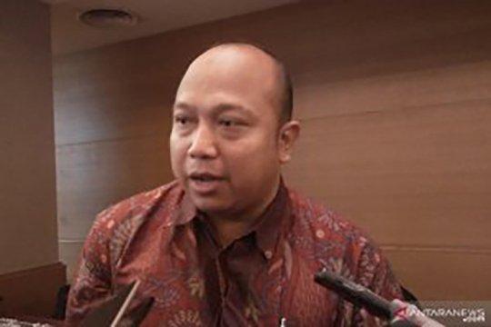 Indef: Impor baja dengan SNI palsu ganggu proyek strategis nasional