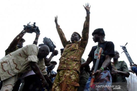 Pemimpin kudeta Mali bebaskan mantan perdana menteri dan jenderal