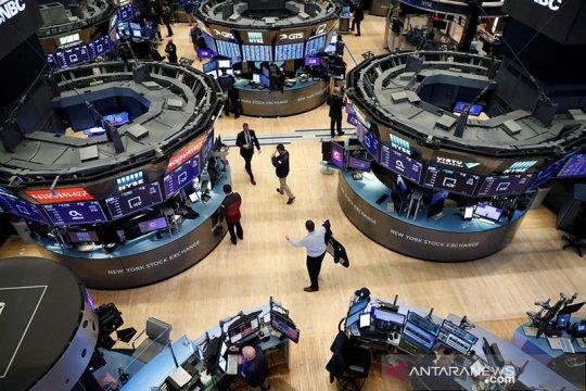 Wall Street ditutup lebih tinggi di tengah data ekonomi