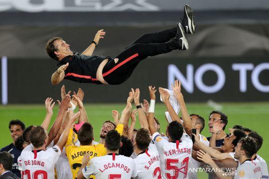Sevilla juara Liga Europa, begini momen selebrasi Julen Lopetegui