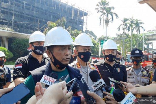 Olah TKP Kantor Kejagung tunggu bangunan tidak lagi kepulkan asap