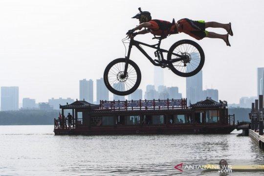 Festival lompat air BMX di Hubei