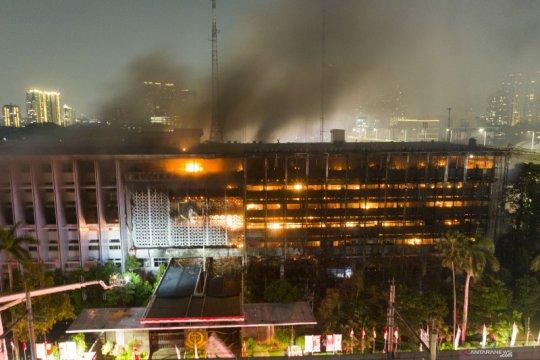 Kemarin, penembakan di Kelapa Gading terungkap hingga Ancol merugi