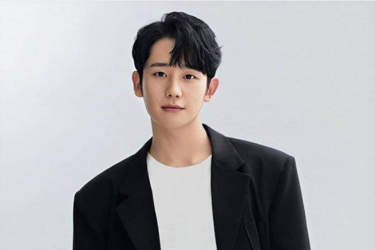 """Jung Hae In dan Kim Hye Yoon bergabung dengan Jisoo di """"Snowdrop"""""""