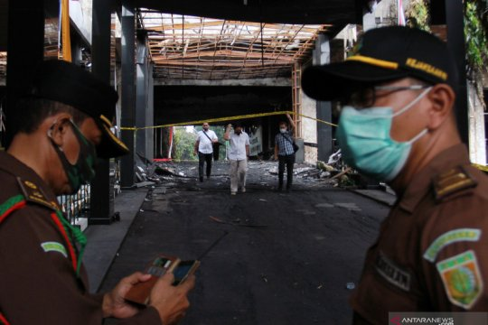 Polri periksa 11 saksi kasus kebakaran Kejagung