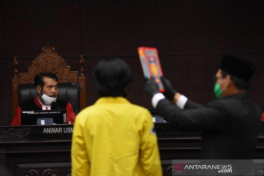 Sidang uji formil UU KPK di MK
