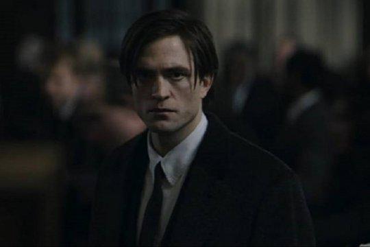 Robert Pattinson disebut positif virus corona