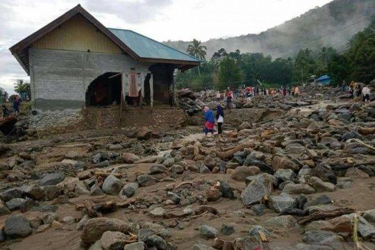 Warga Kulawi bermalam di pengungsian karena takut cuaca ekstrem
