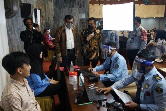 Yasonna sambut baik usulan penyediaan layanan paspor di DPR
