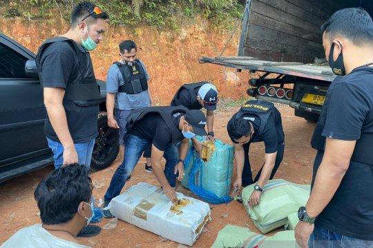 Polisi gagalkan peredaran tujuh karung ganja lintas Sumatera