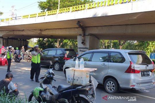 TransJakarta hentikan sementara dua rute imbas demo di DPR