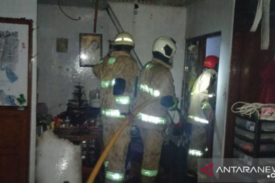 Rumah terbakar di Jaktim dipicu hubungan pendek