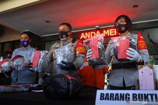 Polisi bekuk dua kurir ganja di Kota Malang