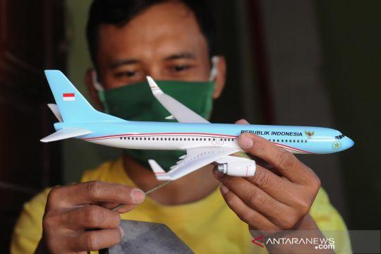 Kerajinan miniatur pesawat di Boyolali
