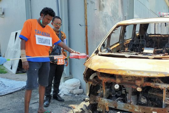 Pembakar mobil Via Vallen peragakan 20 adegan