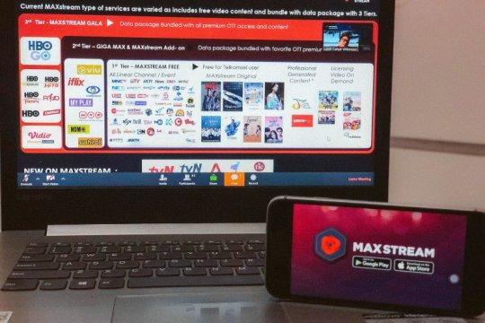 MAXstream tambah variasi konten, dari konser hingga wisuda daring