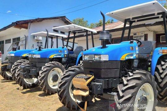 Kementan bantu puluhan alsintan untuk petani  perbatasan NTT