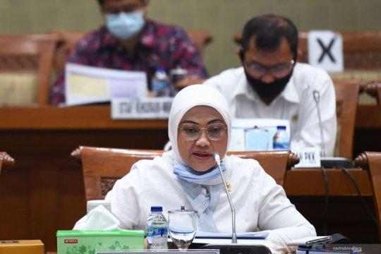 RDP Menaker - Dirut BPJS ketenagakerjaan dan Komisi IX DPR