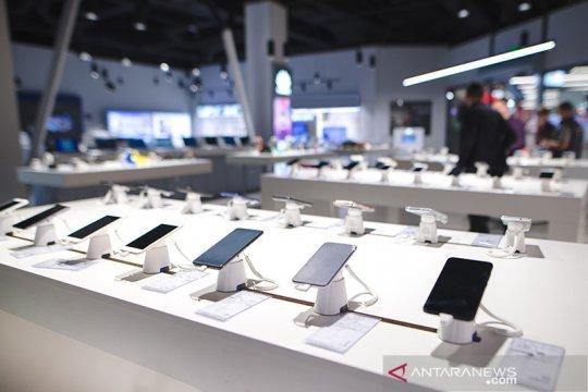 Penjualan ponsel dunia turun karena pandemi, Samsung paling terdampak