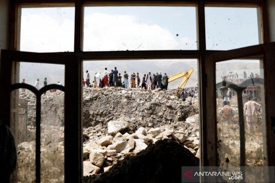 Pencarian korban banjir bandang di Afghanistan