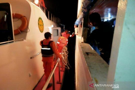 66 penumpang kapal kecelakaan di Perairan Buton Selatan dievakuasi SAR