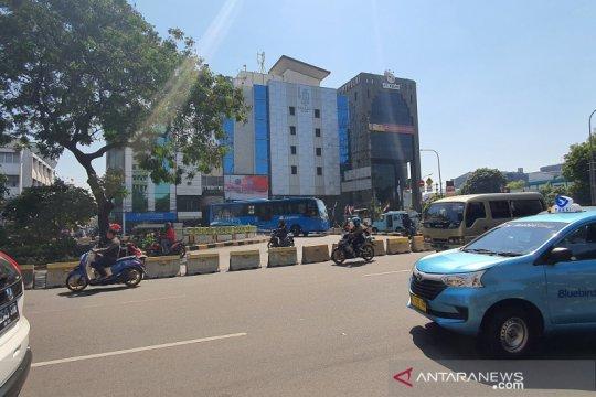 Sudin Perhubungan Jakpus rekayasa lalu lintas di Simpang Batu Ceper