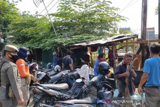 Enam bangunan liar di Jatinegara dibongkar untuk Tugu COVID-19