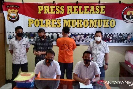 Polisi tahan Kepala Dinas Pertanian Mukomuko