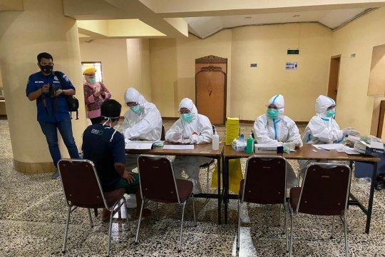 Polisi gelar tes cepat COVID-19 untuk massa petani Deli Serdang