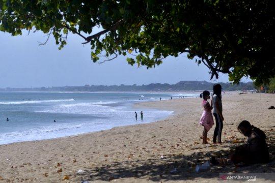 Bali tunda pembukaan wilayah untuk kunjungan wisman