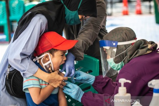 Bulan imunisasi sekolah di Jakarta