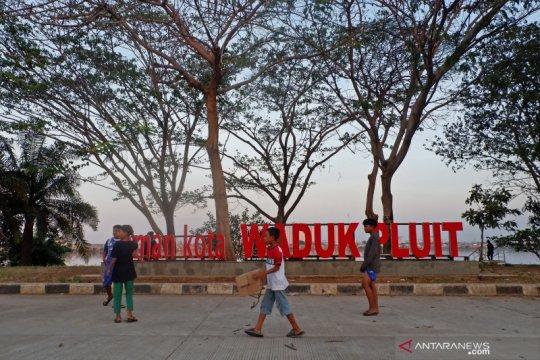 Sabtu, hujan ringan diperkirakan guyur destinasi wisata Jakarta