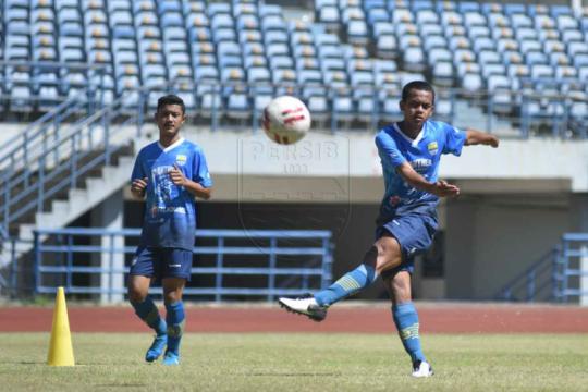 Persib Bandung siapkan sejumlah opsi susunan pemain inti