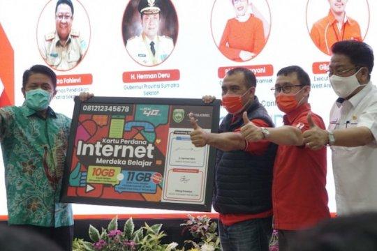 Telkomsel bantu pelajar Sumatera Selatan paket kuota internet gratis