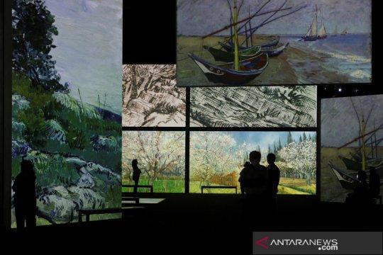 Pameran Van Gogh Alive
