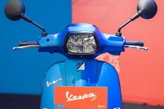 Piaggio Indonesia poles Vespa S 125 i-get menjadi lebih sporty