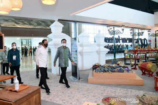 Cek bantuan, Presiden Jokowi dialog dengan pedagang kecil Yogyakarta