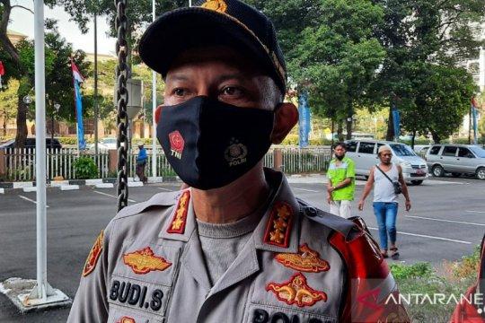 Polres Metro Jaksel kampanye penggunaan masker di Pasar Kebayoran Lama