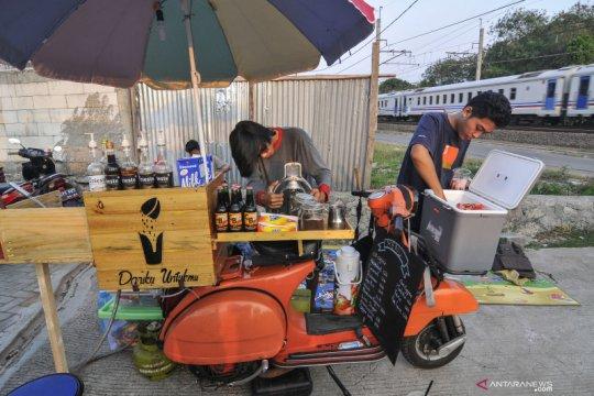 Semangati para pedagang, Presiden Jokowi beri modal kerja Rp2,4 juta
