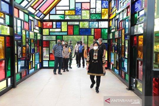 Taman Mozaik jadi tempat swafoto paling banyak dikunjungi di Surabaya
