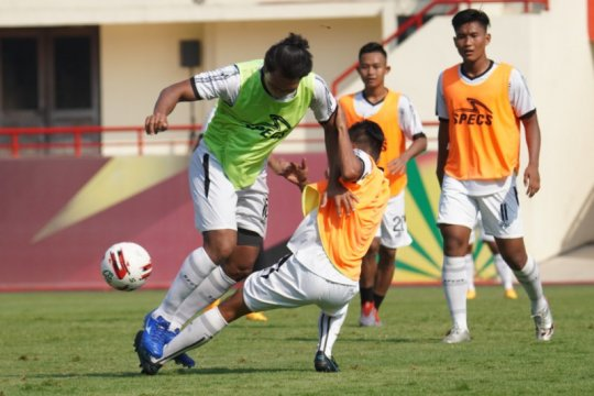 Bhayangkara FC merasa beruntung saat Arema FC masih adaptasi